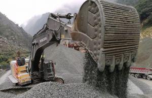 高效作业,技压群芳!威廉希尔手机版最大履带式挖掘机EC950EL